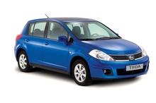 Підлокотник для Nissan Tiida